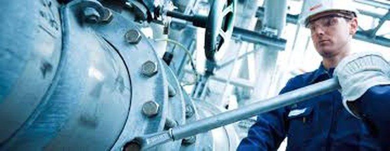 RohrschlosserIn Lenzing Maro GmbH Vollzeit € 2300 brutto/Monat + Zulagen  - in 30 Sek. bewerben